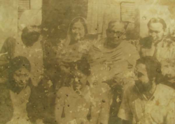 1971-liberation photo with Khuswant