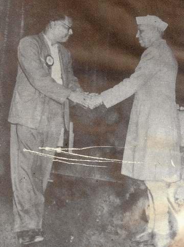 jahariai neheru receives Jasim Uddin, Bomby 1961
