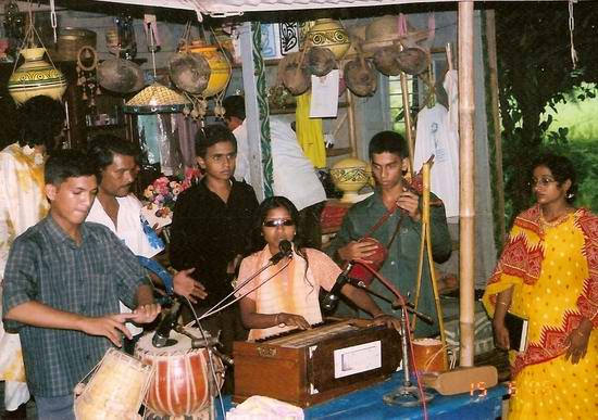 famous biind singer from Bhanga